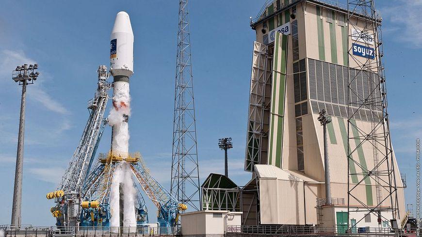 Le lanceur russe a mis en orbite les deux nouveaux satellites IOV de la constellation européenne de navigation par satellite Galileo en 2012.