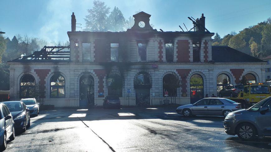 La gare de Figeac au lendemain de l'incendie