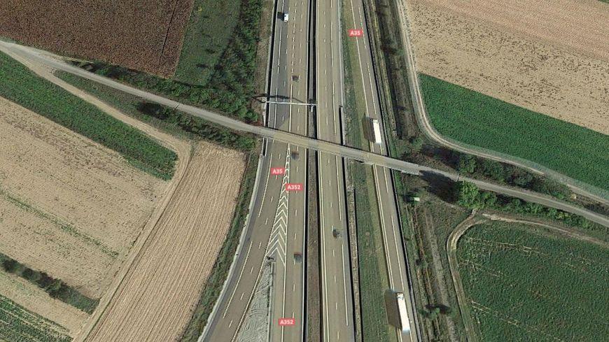 Le grand contournement ouest de Strasbourg sera relier à l'A35 et à l'A352.