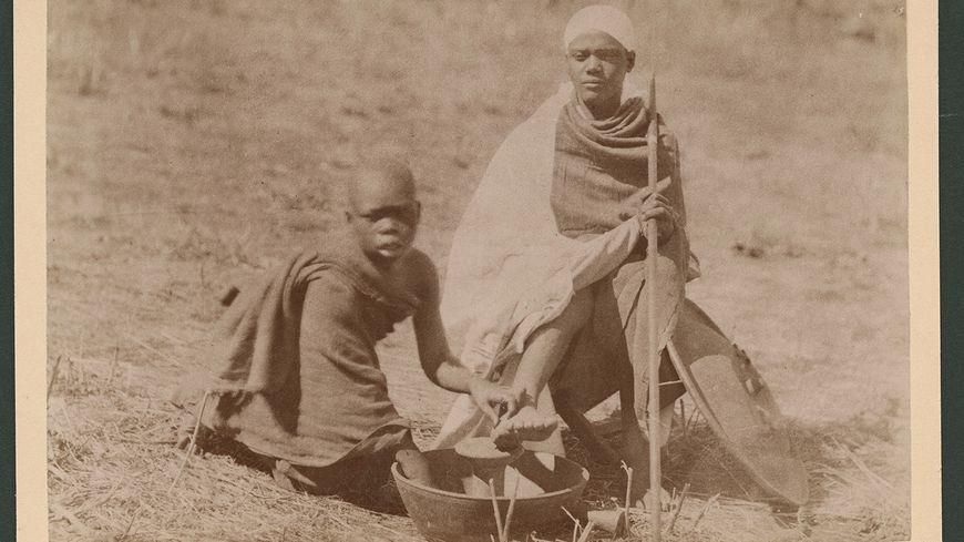 Lavage des pieds au Choa, photographie attribuée à Arthur Rimbaud