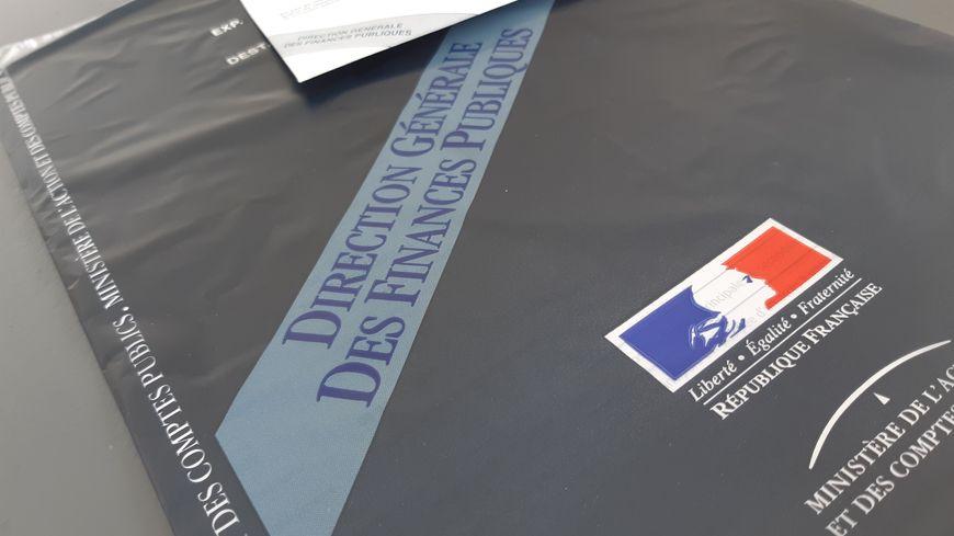 Déclaration d'impôts, version papier. Avril 2019.
