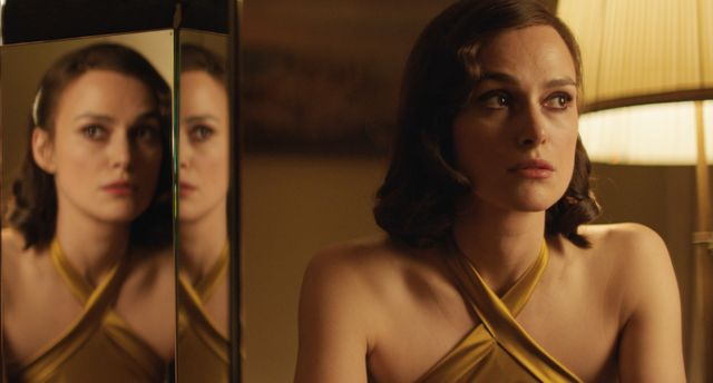 """Keira Knightley, rhabillée pour l'hiver par Xavier Leherpeur pour son interprétation dans """"Coeurs ennemis"""""""