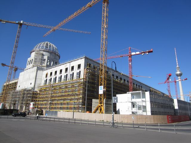 Le chantier du chateau des rois de Prusse et du forum Humboldt à Berlin en avril 2016
