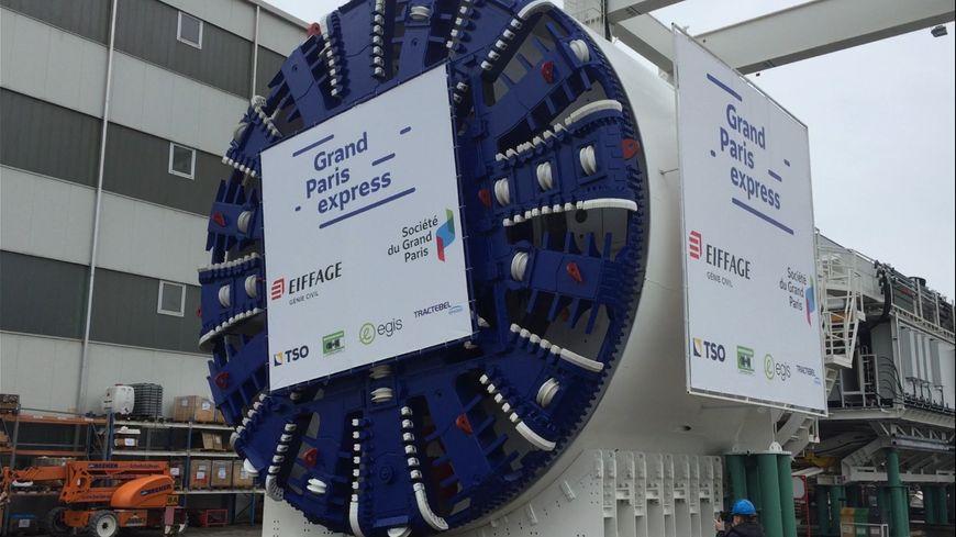 Ce modèle de tunnelier mesure 9 mètres de large et 100 mètres de long