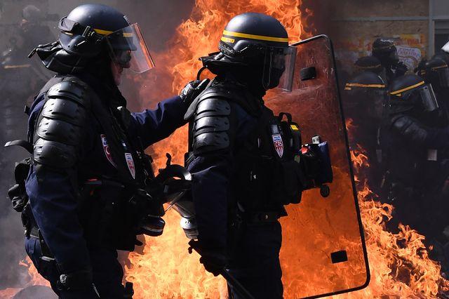 La manifestation parisienne a dégénéré à son arrivée dans le quartier de la place d'Italie
