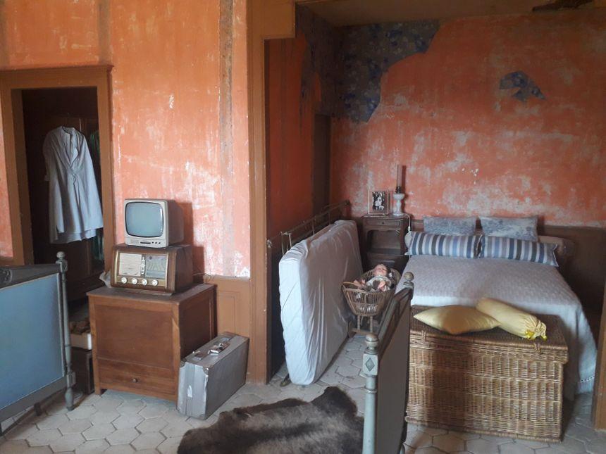 La chambre occupée par Sarah Caryth au Manoir des Fauves