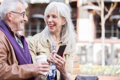 Le marché des applications de rencontre pour les plus de 50 ans est en cours de recomposition.