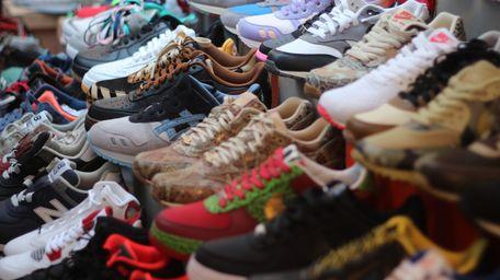Les dernières grosses sneakers Balenciaga : stop ou encore