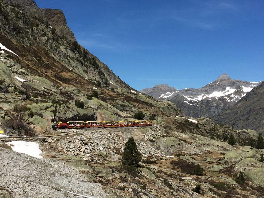 La haute montagne accessible à tous grâce au petit train