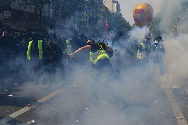 Le cortège parisien a viré par endroits à l'affrontement entre forces de l'ordre et manifestants
