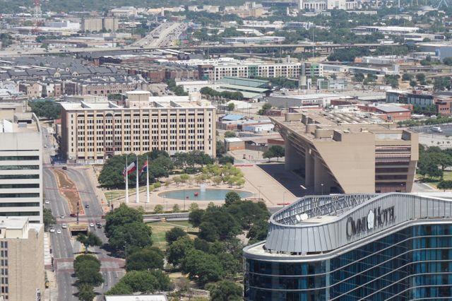 L'hôtel de ville de Dallas vue d'une des plus haute tour de la ville