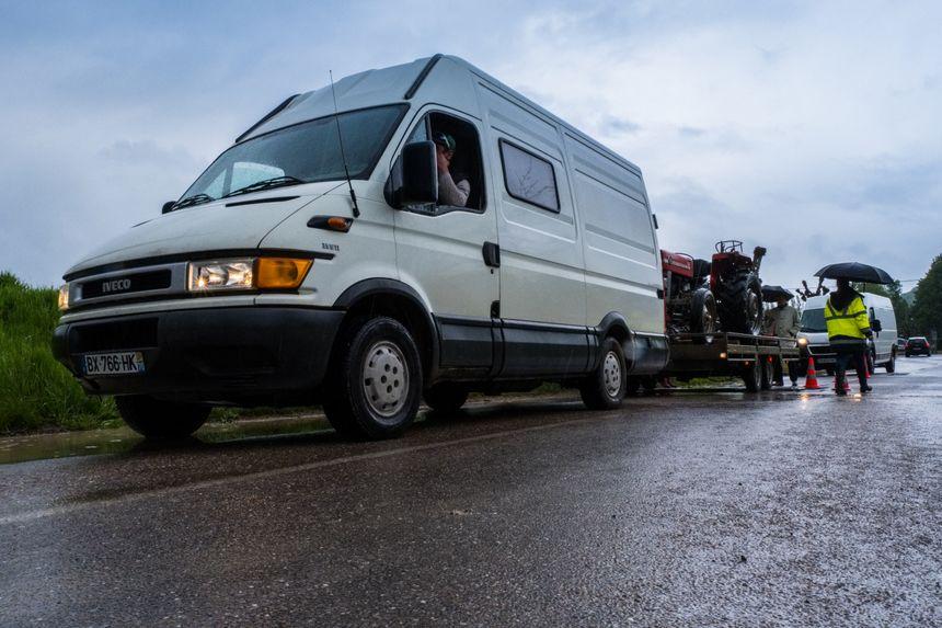 Contrôle routier de camionnettes de moins de 3,5 Tonnes venant de pays de l'Europe de l'Est.