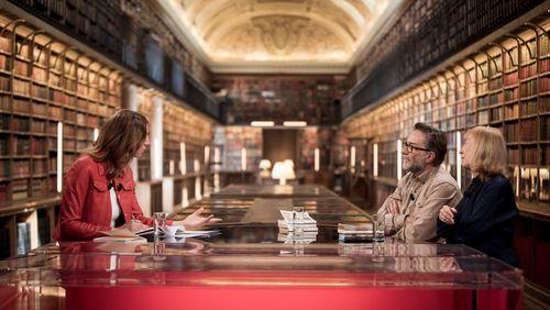 Marc Dugain et Chantal Thomas : de l'anticipation à la nostalgie, voyager dans le temps en littérature