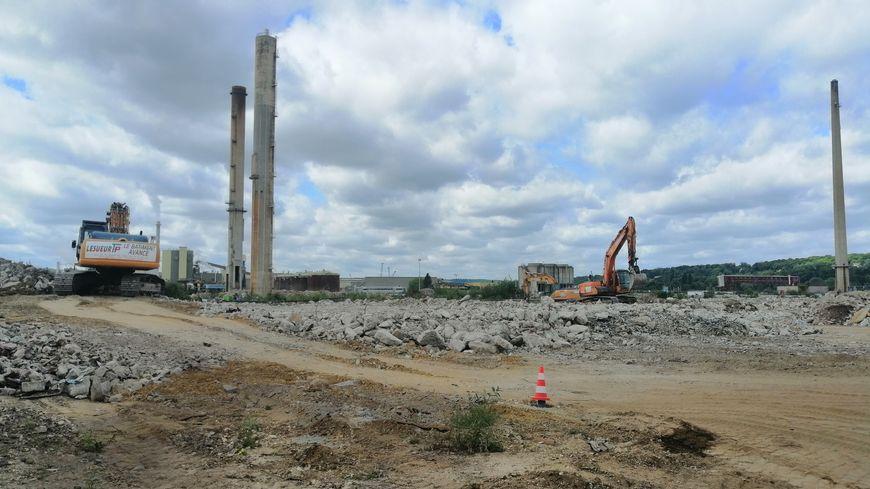 La fin des travaux de dépollution du site de l'ancienne raffinerie Pétroplus devrait intervenir d'ici 2020