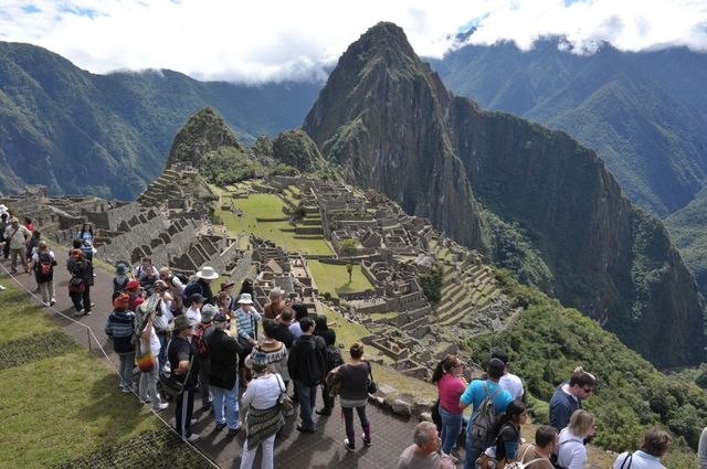 En 2014, 1,2 million de touristes ont visité le Machu Picchu.