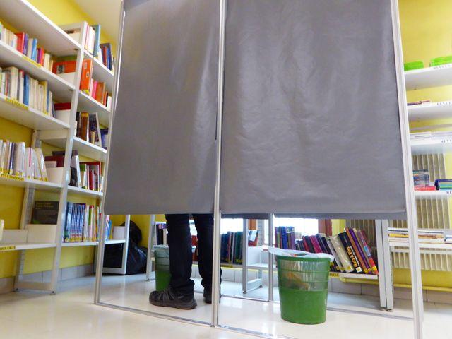 2 isoloirs pour voter par correspondance à la maison d'arrêt de Besançon