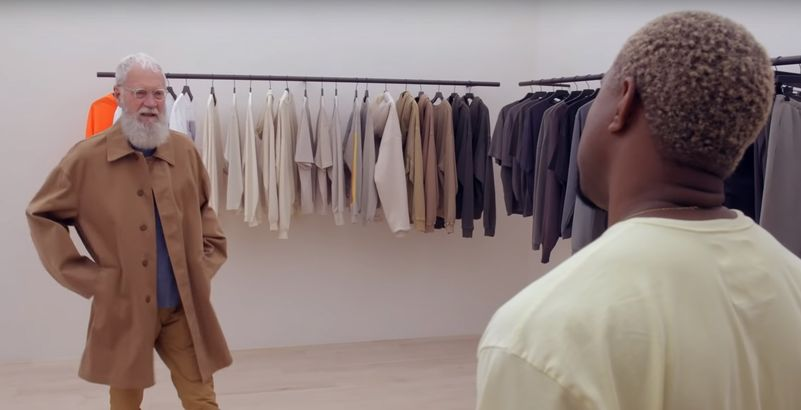 Kanye West relooke David Letterman en Yeezy