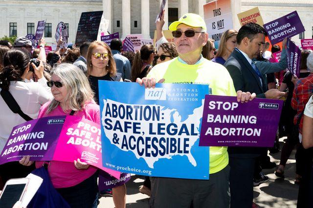 """Manifestation à Washington, DC : """"avortement sûr, legal et accessible"""""""
