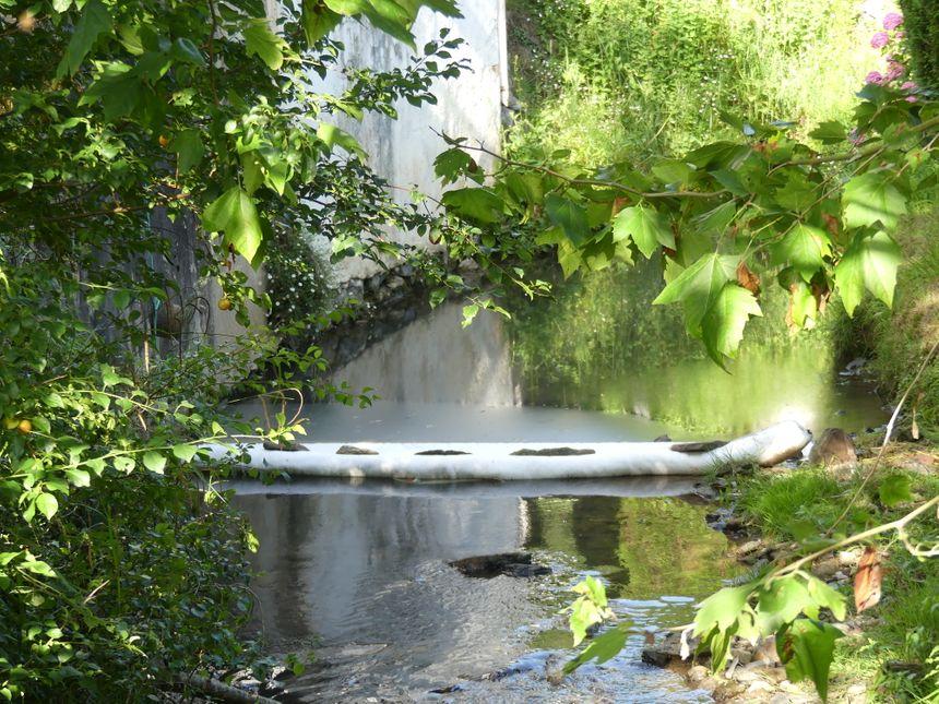 Un deuxième barrage en amont du garrage