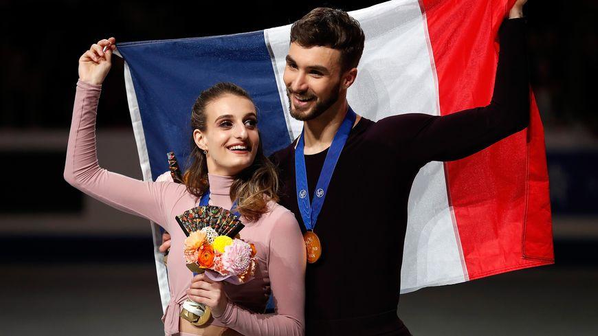 Les Français Gabriella Papadakis et Guillaume Cizeron, champions du monde 2019 d danse sur glace