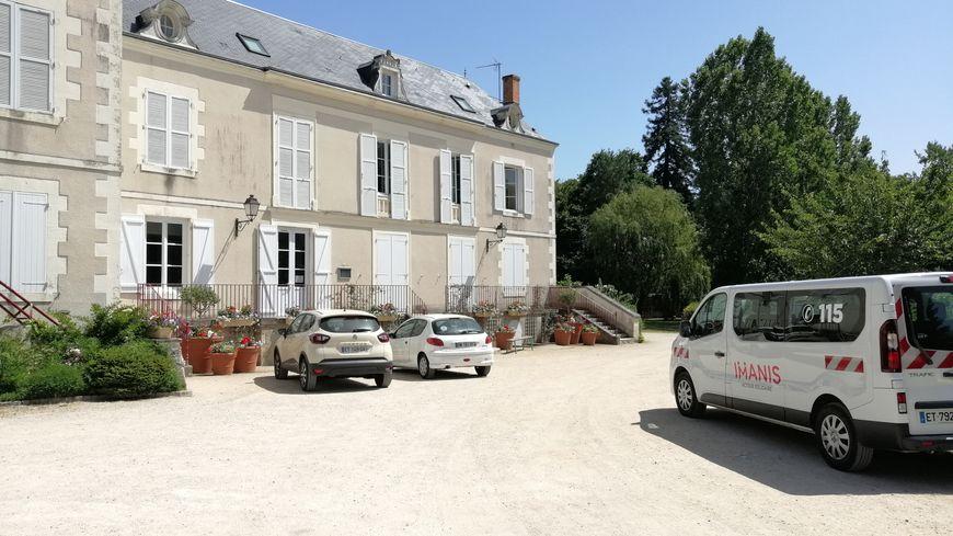 Chaque jour, 39 personnes sont hébergées au château de la Brossette, à Chanteau.