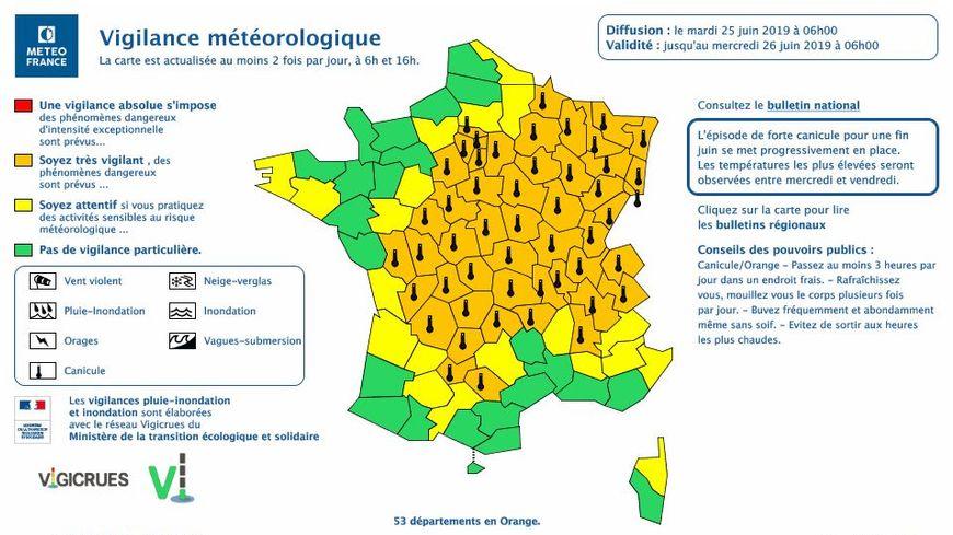 53 départements français sont ce mardi matin en alerte orange canicule, pas la Mayenne.