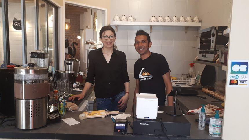 "Lorène et Kavirajh Teerbhun, les gérants de ""Mia house"""