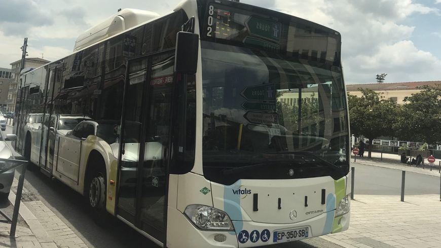 Bus de ville Vitalis dans Poitiers.