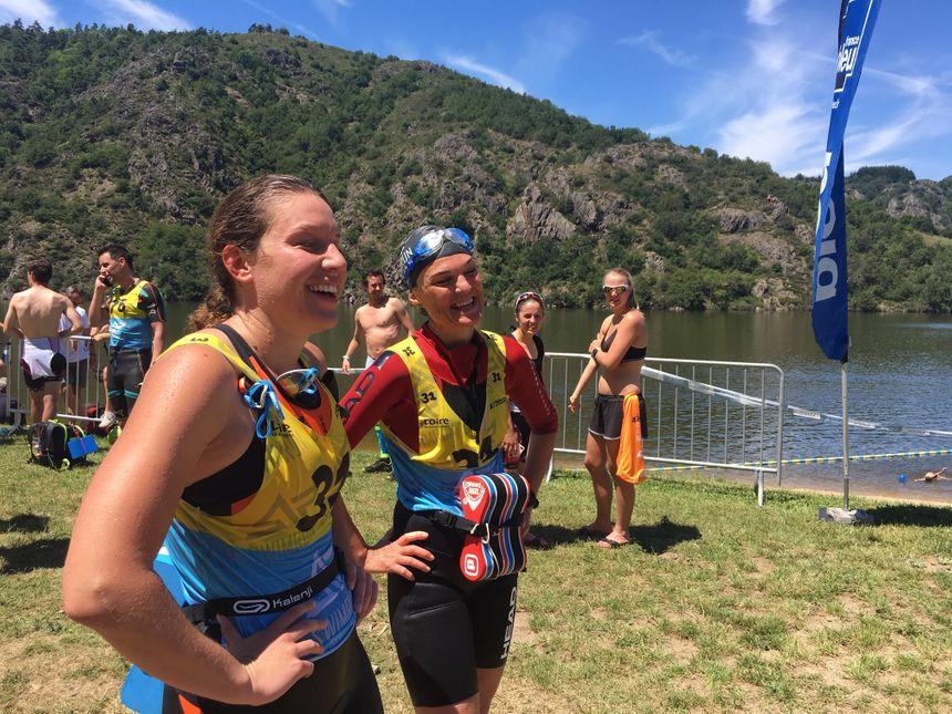 Tout sourire les gagnantes de la catégorie féminine longue distance à l'arrivée