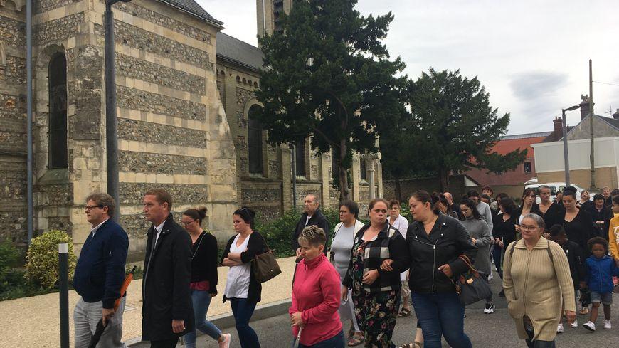 La marche silencieuse était organisée à l'initiative du maire de Gonfreville l'Orcher