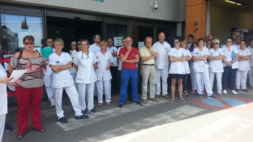 Une cinquantaine de personnes a voté la grève à l'hôpital de Vierzon, lundi