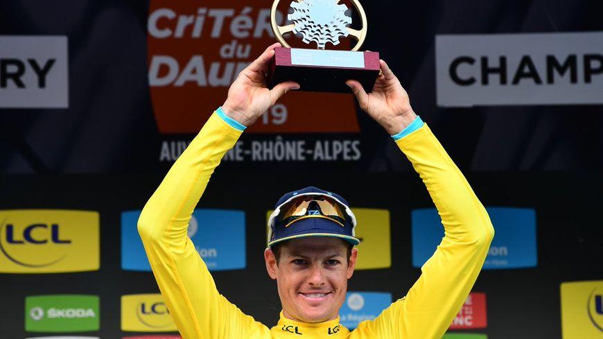 À 34 ans, Jakob Fuglsang remporte pour la deuxième fois le Critérium du Dauphiné.