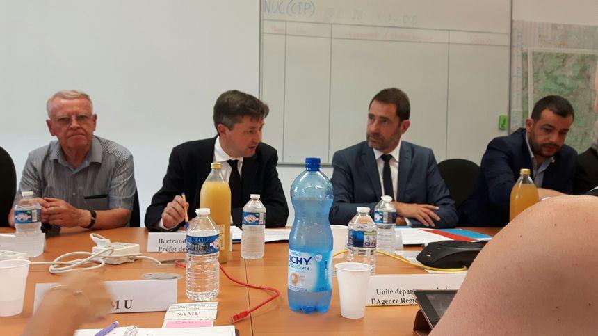 Le préfet Bertrand Gaume et le ministre Christophe Castaner