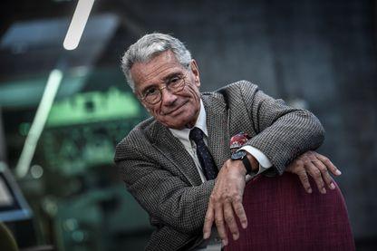 Le photographe Jean-Marie Périer, le 16 janvier 2019 à la Grande Arche de la Défense.