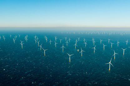 Énergie du vent via des éoliennes offshore