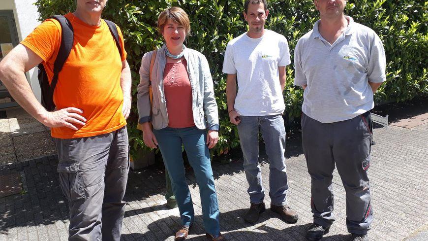 Sophie Rouvre du service citoyenneté de la mairie, Bernard Jalabert qui a monté le collectif  Mousticator  et  Stéphane Campos technicien  de l'EID