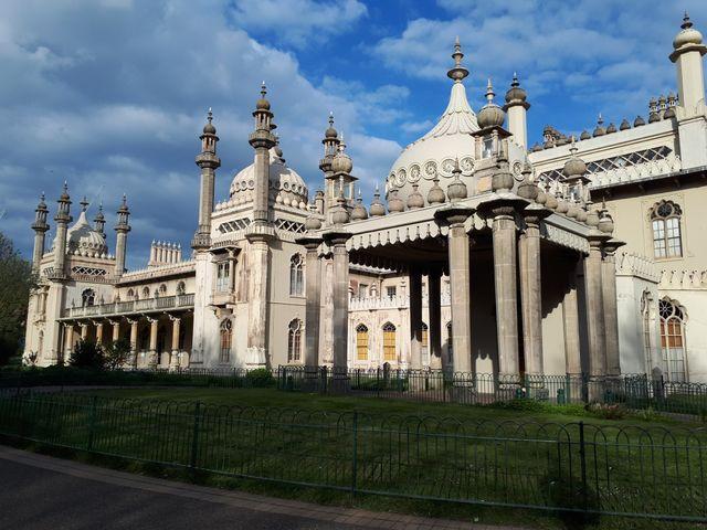 Le royal pavillon édifice baroque construit par Georges IV.