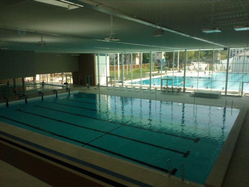 Les deux bassins de l'Aquapôle d'Amiens