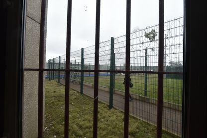 Une photo prise le 10 mars 2015 montre une partie du stade de la prison de Nanterre.
