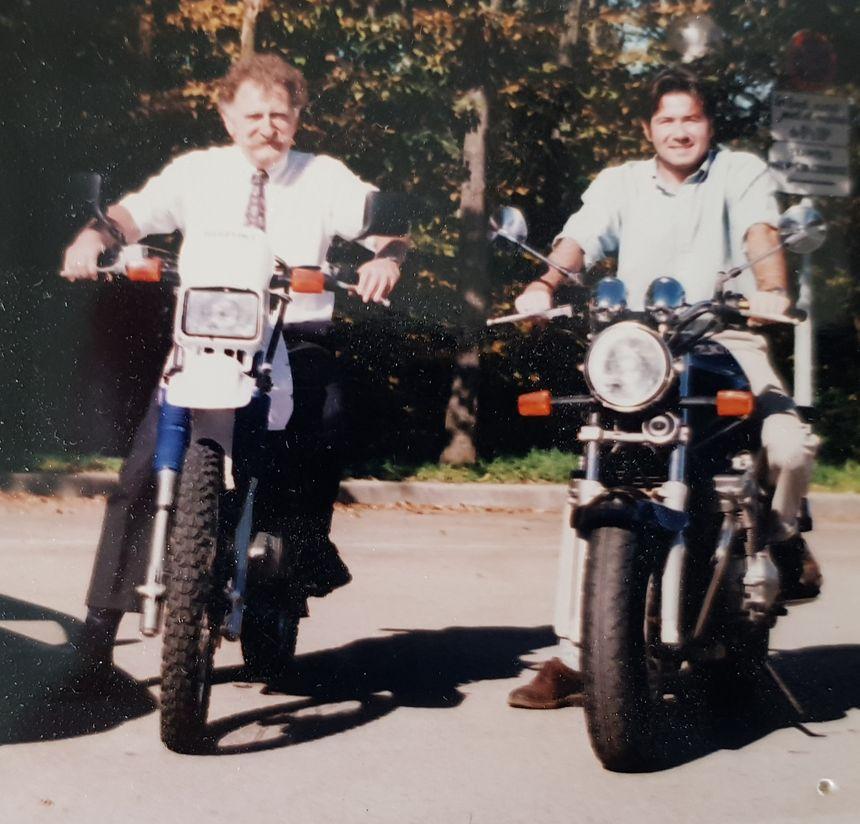 Roland et son fils Alexandre Gourserol en octobre 1995.