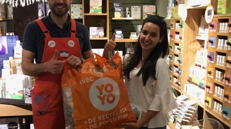 Le premier sac de bouteilles plastiques collecté à Reims par Guillaume, coach Yoyo