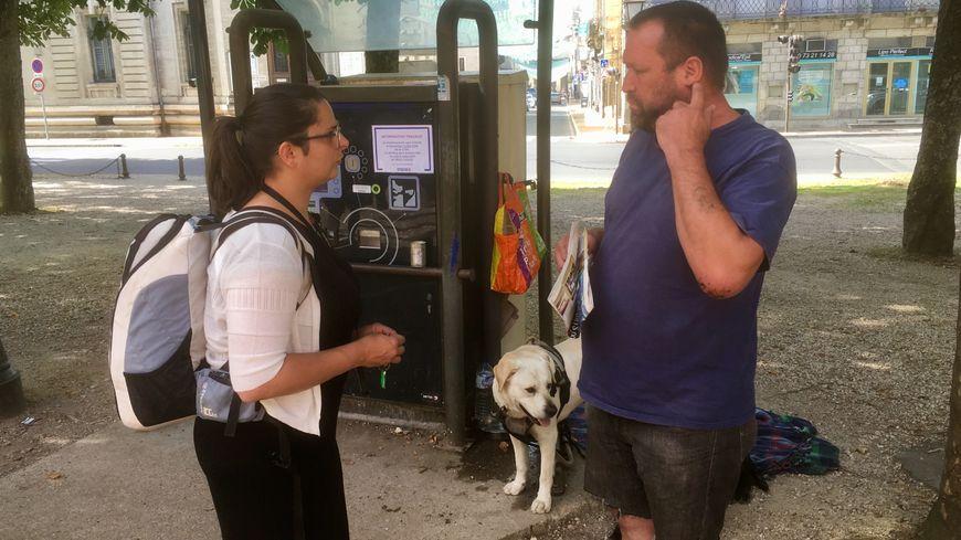 Audrey Moraud veille à l'état de santé des personnes à la rue à Périgueux