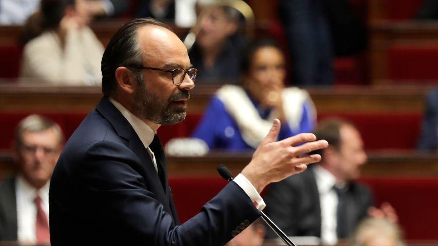 Le Premier ministre Édouard Philippe s'adressant aux députés le 9 avril 2019