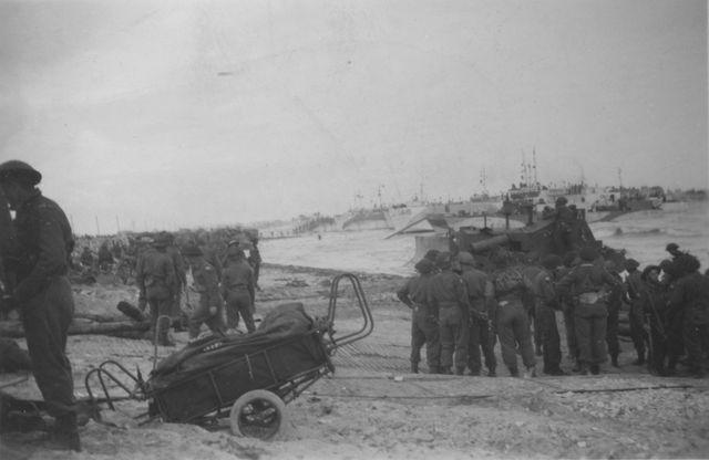 Plage de Bernières-sur-Mer le 6 juin 1944