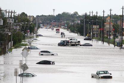 Houston sous l'eau en août 2017 après le passage de l'ouragan Harvey
