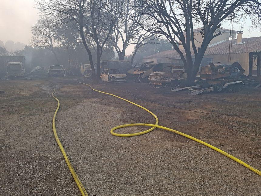 L'intervention des pompiers a permis de sauver les habitations menacées par les flammes