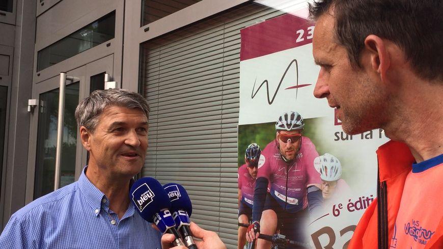 Roland Wagner, organisateur de la Rando Tour au micro France Bleu Alsace de Luc Dréosto.