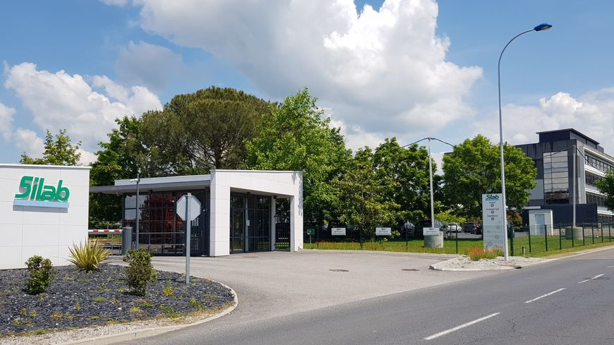 SILAB est installée à Saint Viance (19). L' entrée principale de l'entreprise...