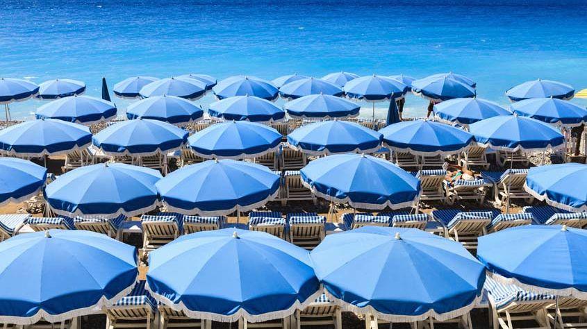 Une mer de parasol