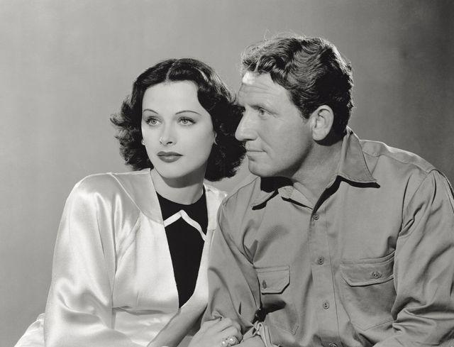 Le rôle de l'actrice hollywoodienne Hedy Lamarr dans le développement de la technologie Wifi n'a été reconnu que des décennies plus tard, trois ans avant sa mort.